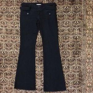 BCBGeneration Flare-Leg Black Jeans with Belt 28